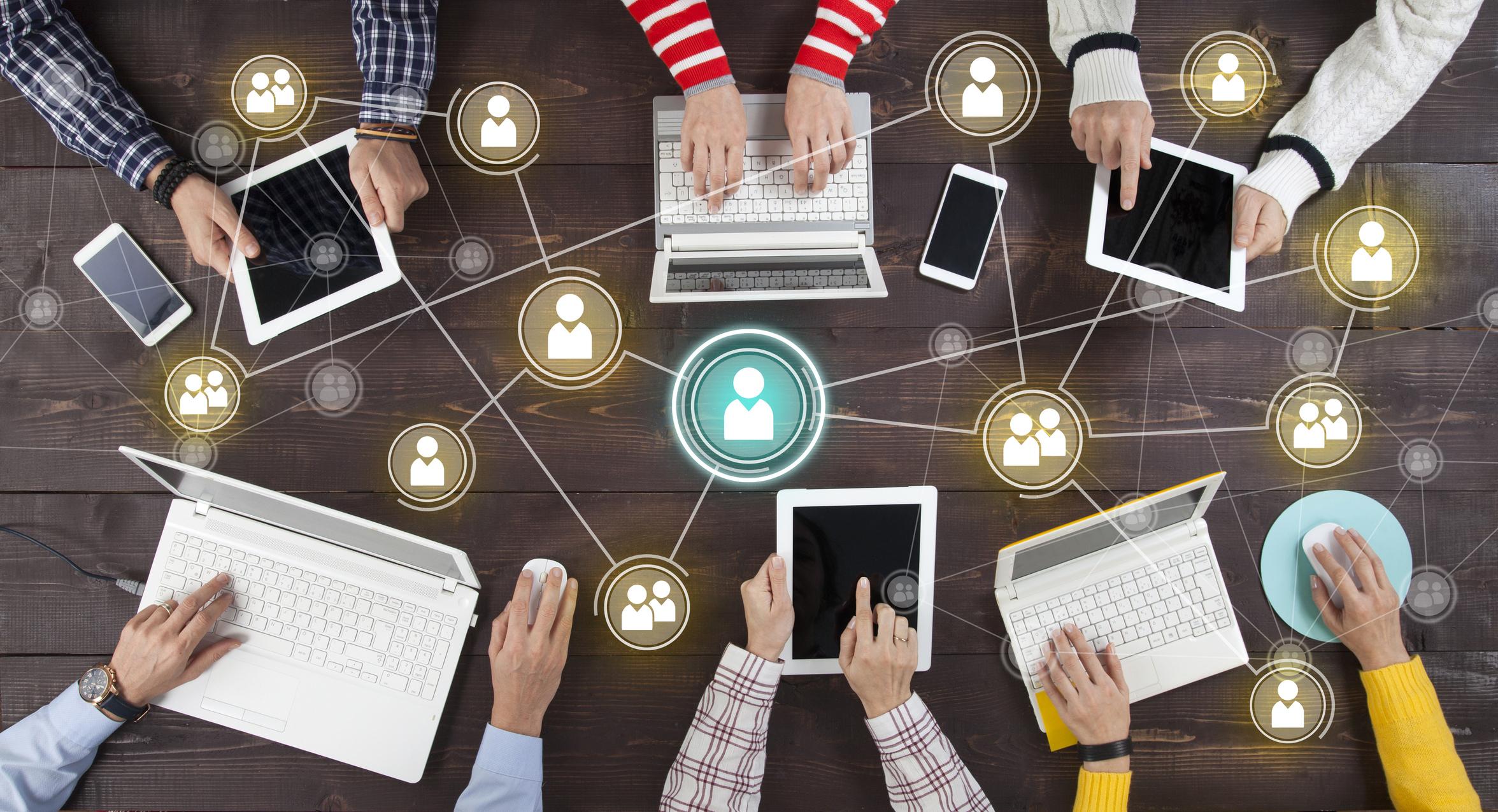 Коммуникация с клиентами во время кризиса: как вести себя бизнесу