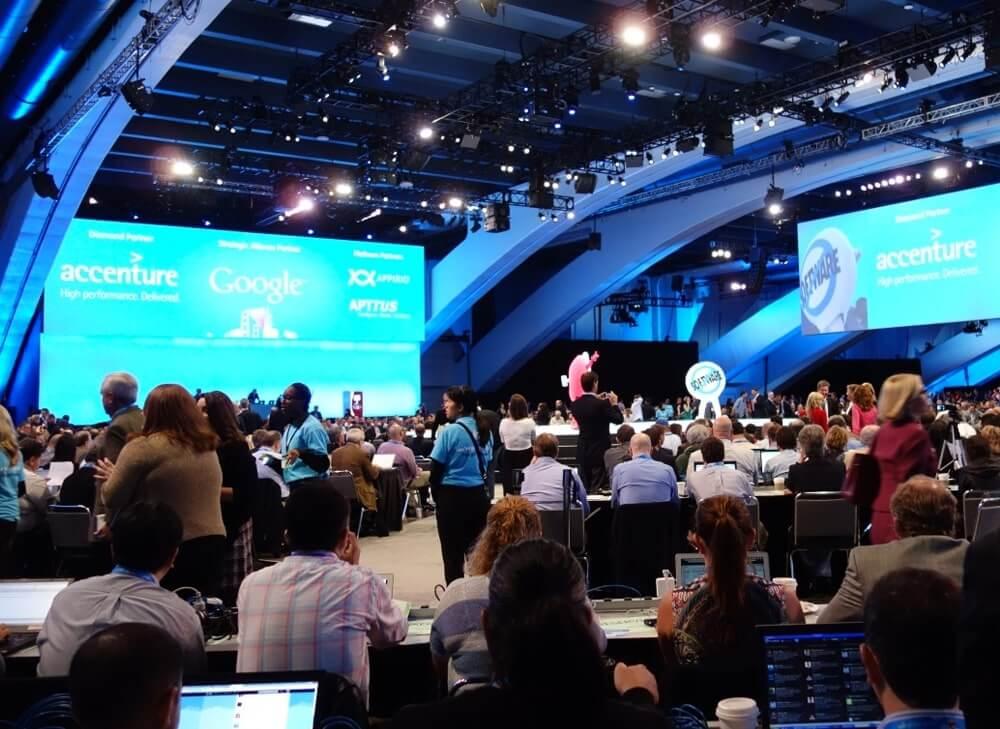 Саммит Salesforce Industries